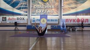 Никол Стоянова--второ място във възр. гр.13-17 г, стил  съчетание на асана и второ място в абсолютния шампионат в младша възраст