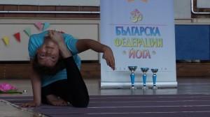 Радостина Лесева- второ място във възр. гр. 8-12 г, стил  съчетание на асана