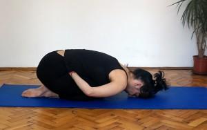 ardha-yoga-mudra